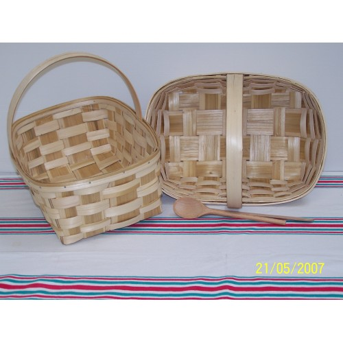 Basket with handles (11 X31) Woven Chestnut wood
